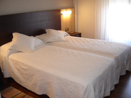Hotel Rios : Habitacion-Detalle de las camas (Habitacion Doble)