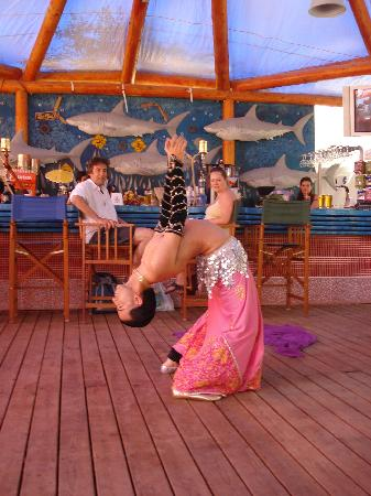 The Sugar Beach Club: the belly dancer