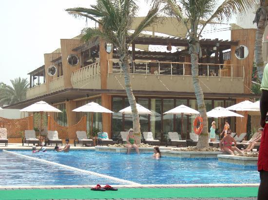 The Westin Dubai Mina Seyahi Beach Resort & Marina: Infinity Pool Area
