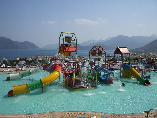 Club Turquoise: the aqua park, a great start to the holiday