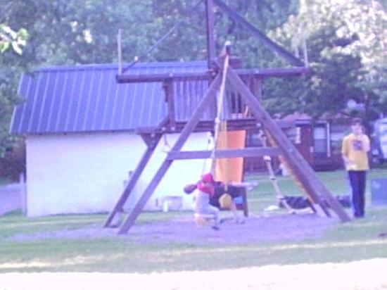 Bedford Creek Campground: Playground