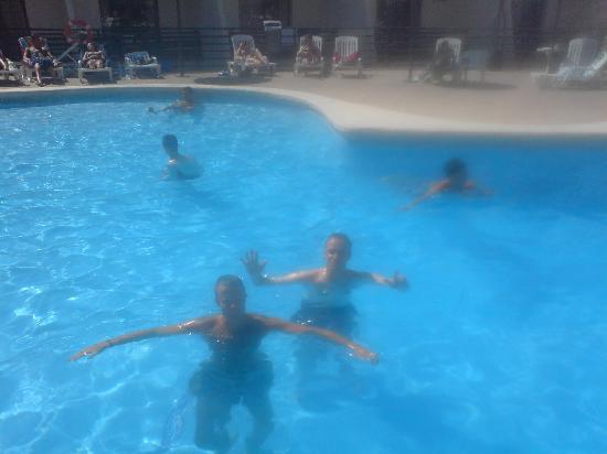 TRH Magaluf: hotel pool