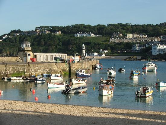 The Nook: St Ives Harbour