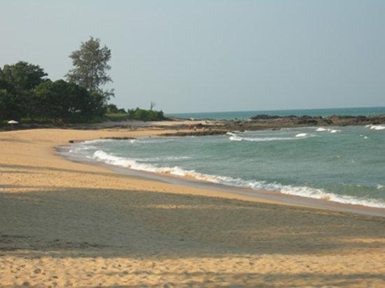 Dungun, Malasia: sunny beach