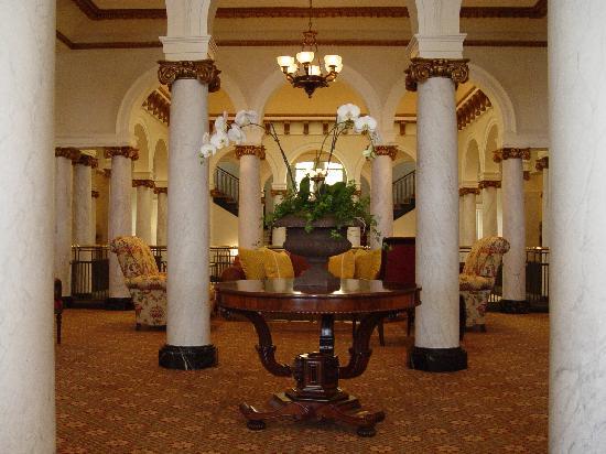 The Capital Hotel: Mezzanine