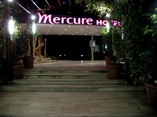 Mercure Paris Tour Eiffel Grenelle Hotel Name