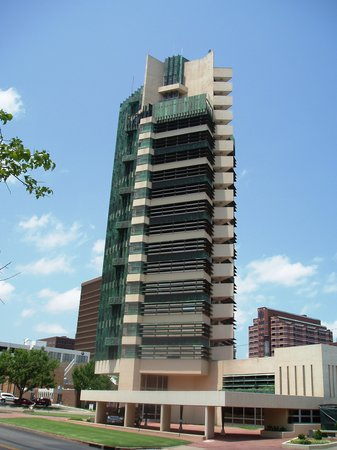 Bartlesville, OK: Price Tower - exterior