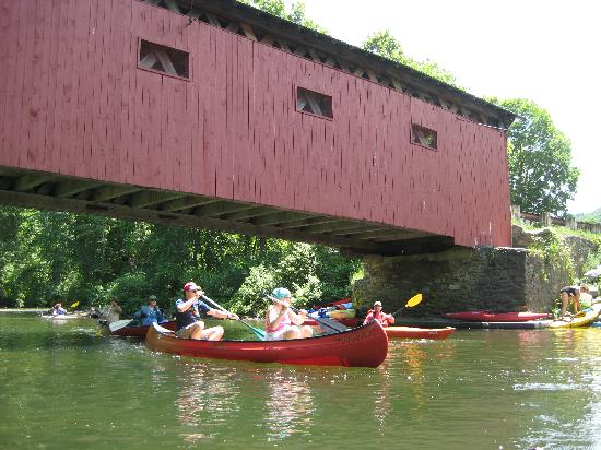 Battenkill River: Covered Bridge.
