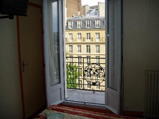 Royal Phare Hotel: View from bed