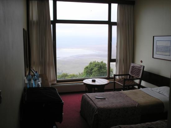 Ngorongoro Wildlife Lodge: The bedrooms (check out view)