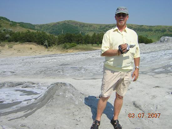 Bacau, Rumania: Volcanes de barro