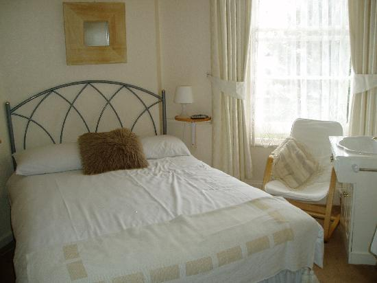 Haven House: Spotless Bedroom