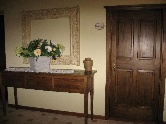 Casale San Lorenzo: Door to our room