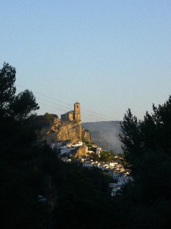 Montefrio, Spain: le chateau vu de la chambre de l'hotel