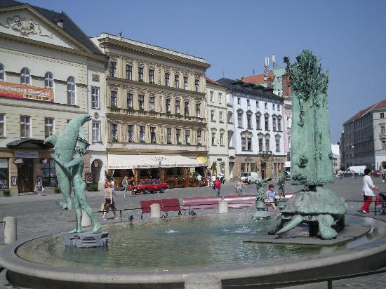Pension Na Hrade: Beautiful fountain in Olomouc main square