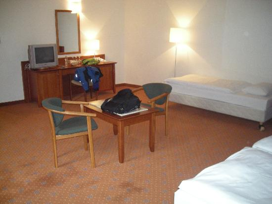 Casati Budapest Hotel : Single bed