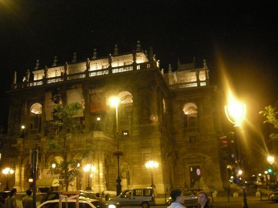Casati Budapest Hotel : The Opera House