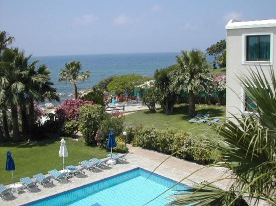 Rododafni Beach Holiday Apartments & Villas: Rododafni - from the apartment