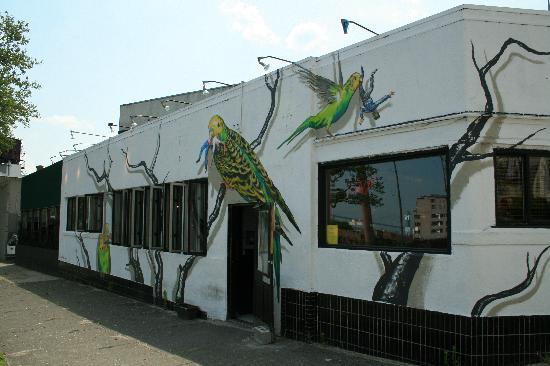 Cargo Cafe: Outside