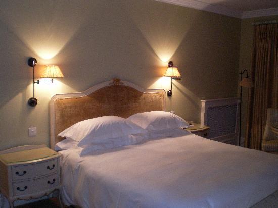 Step House Hotel: Mein Bett.
