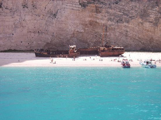 Plessas Palace Hotel: Famous Shipwreck