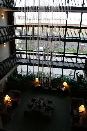 Drury Inn & Suites Denver Near the Tech Center: hotel lobby/atrium