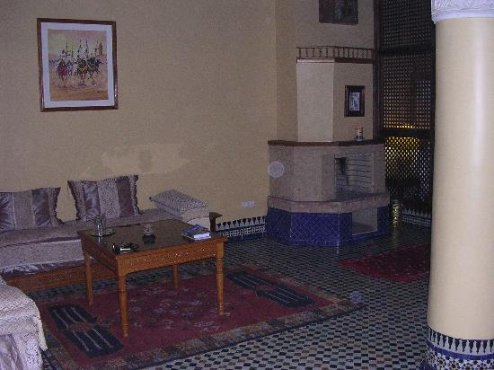 Riad Jaouhara: Our Suite-Sitting Area & Bedroom Entrance