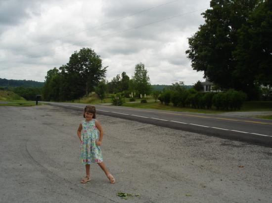 Ella, Кентукки: Must be a parade