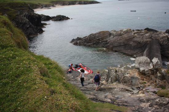 Blasket Islands: Ireland: co. Kerry - Dingle Peninsula - Great Blasket - The Slipway