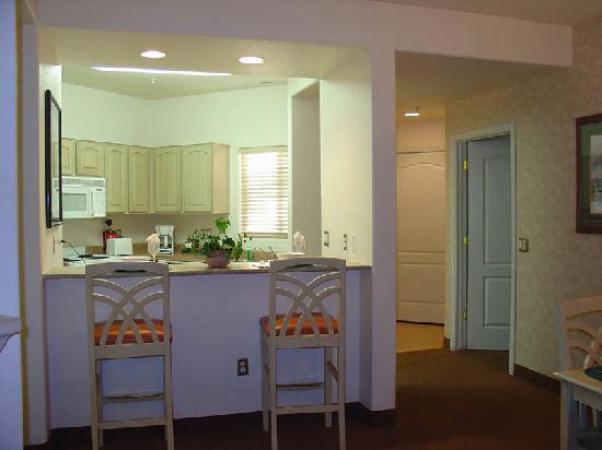 Resort entrance area picture of scottsdale villa mirage scottsdale tripadvisor for Scottsdale 2 bedroom suite hotels