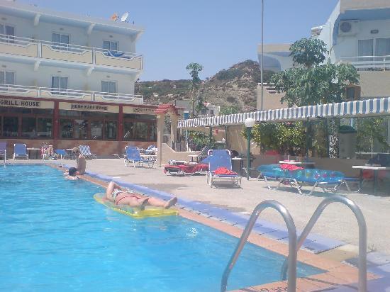 Georgia Apartments: The pool