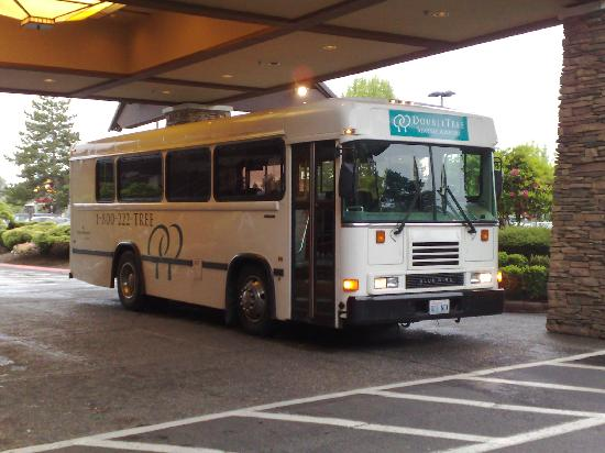 Doubletree By Hilton Seattle Airport The Hotel Shuttle