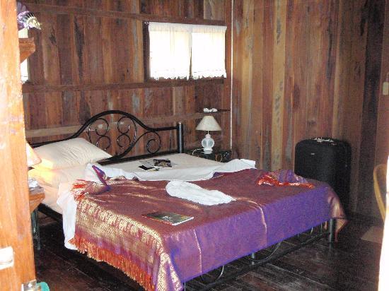 Romyen Garden Resort: my airconditioned room
