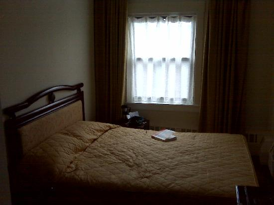 Chinatown Hotel: Picture of Room 302