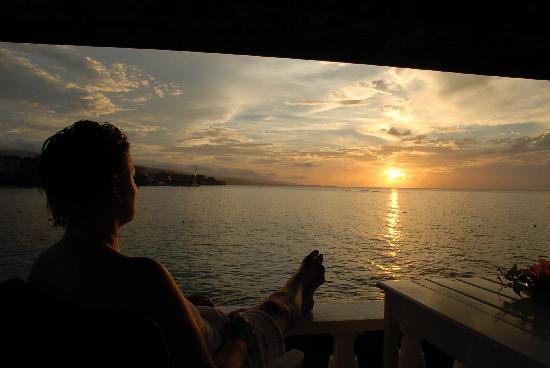 Jamaica Inn: Sunset from our Verandah