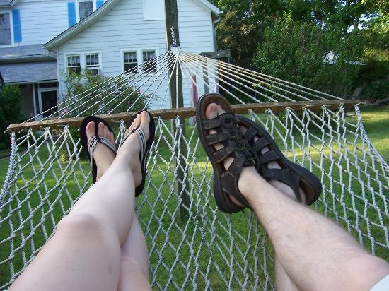 The Dry Ridge Inn: Relaxing at the B&B.