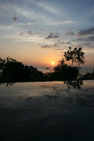 Trisara Phuket : sunset from our villa's pool