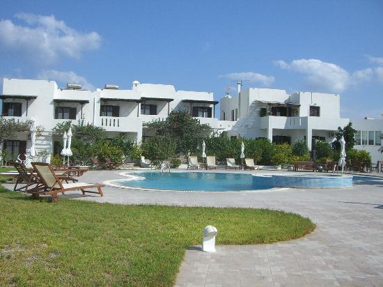 Santa Maria Village Resort & Spa: Pool area