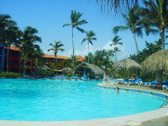 Tropical Princess Beach Resort & Spa: One pool