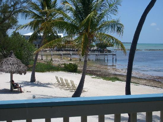 Matecumbe Resort : Tide going out