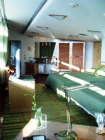 Inn at Price Tower: room 104