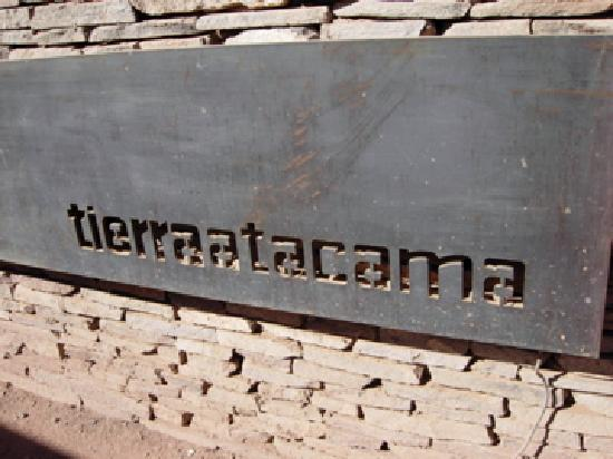 Tierra Atacama Hotel & Spa: Sign outside hotel