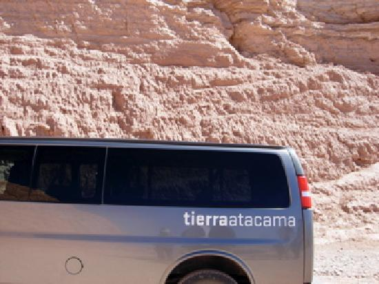 Tierra Atacama Hotel & Spa: Excursion van