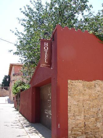 Aiguaclara Hotel : Arriving at Aiguaclara