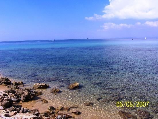 Happy Days Sultan Beach: mare accanto hotel