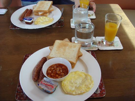 Marble Hotel: Decent Enough Breakfast... The Only Choice Available Anyway