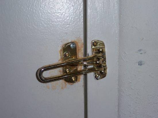 Faulty door latch on 1st floor room at Days Inn Madisonville
