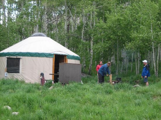 Sylvan Lake State Park Campground: Yurt