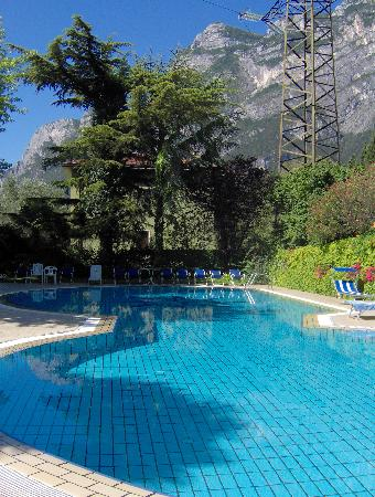 Hotel Bristol: piscine
