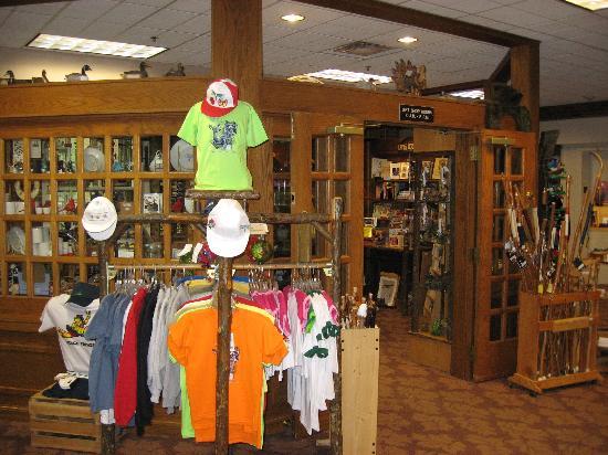 big sale 02af6 ba2e9 Gift Shop - Picture of Turkey Run Inn, Marshall - TripAdvisor